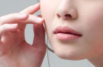 隆鼻失败修复采用的材料如何