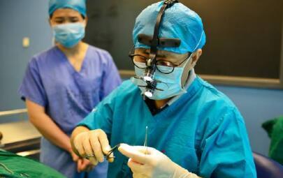 徐士亮:值得信赖的整形外科医生