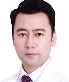 讲究精细、精准备的手术风格王旭东医生