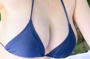 专家不太建议20岁进行隆胸手术