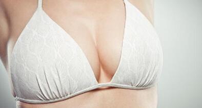 假体隆胸可以快速增大胸部