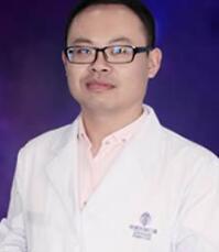 第四代FUE高精密植发技术先行者杨斌医生