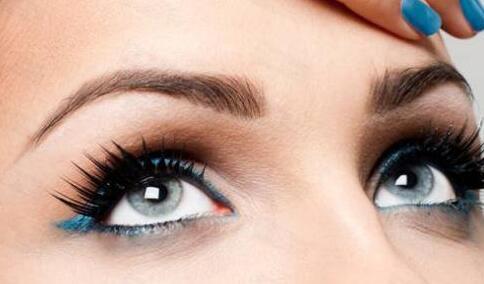 与其花费大量时间画眉何不去做眉毛种植呢