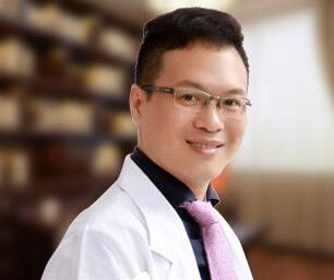 罗宇康是佛山华美眼鼻整形指定医生吗?他的技术怎么样?