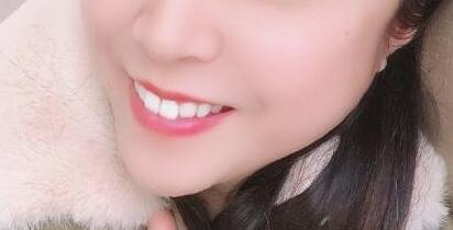 牙齿矫正让我的牙齿变得整齐漂亮了