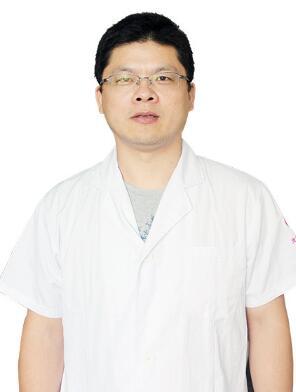 整形医生 胡华兵