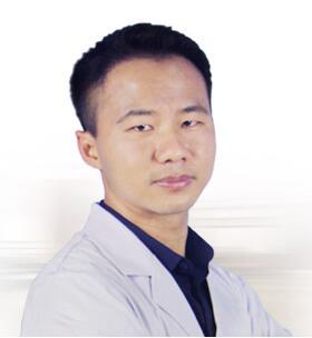 福州海峡整形美容医院整形医生 廖小飞