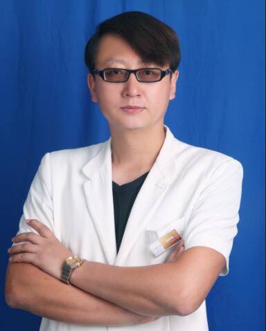 整形医生 胡庆旭
