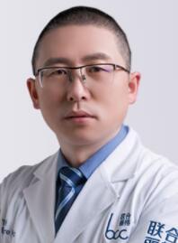 整形医生 董晓宏
