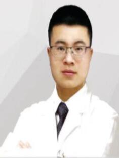 整形医生 杨鹏