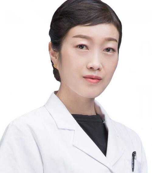 新疆整形美容医院整形医生 李文华