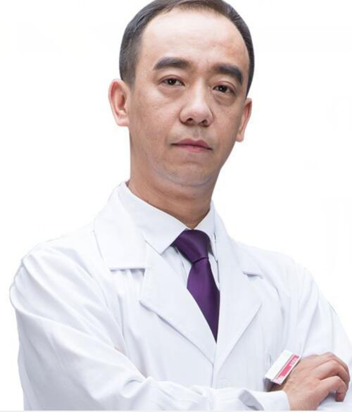新疆整形美容医院整形医生 崔斌