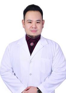 整形医生 江崇宇