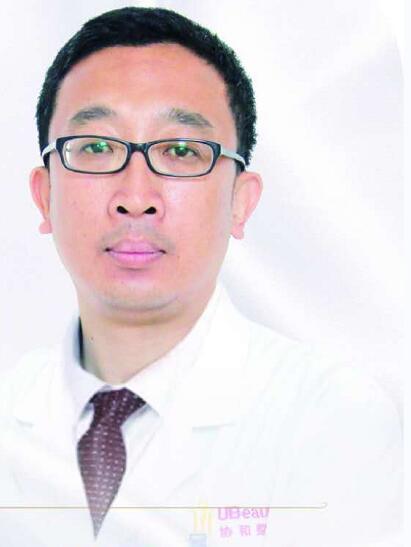 整形医生 刘春晓