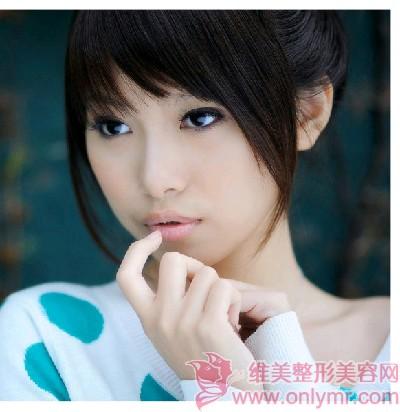 南京康美立体隆胸 追求女性极致美