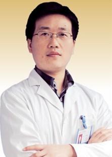 主诊医生 易湘豪