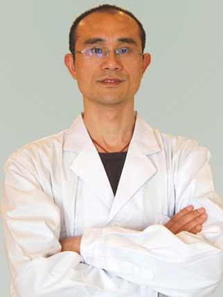 整形医生 黄志雄