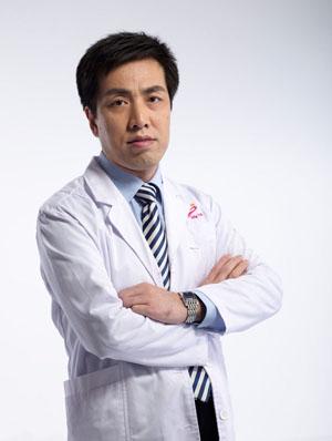 整形医生 梁晓健