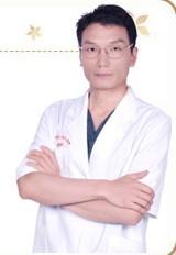 整形医生 杨荣坤