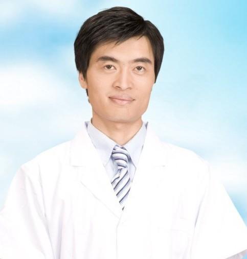 整形医生 杨伟