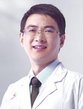 整形医生 卢刚