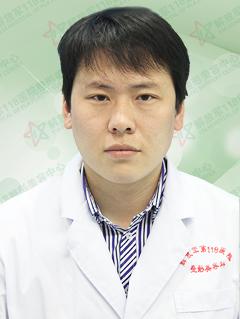 整形医生 吕瑾
