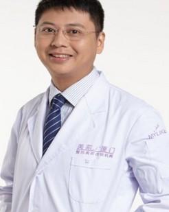 整形医生 刘乃仁