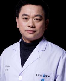 整形医生 李功勋