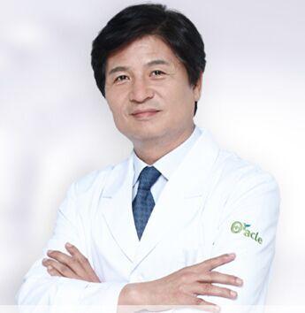 整形医生 李京丘