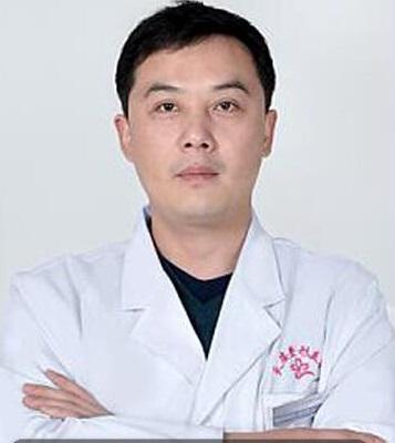 整形医生 张志武