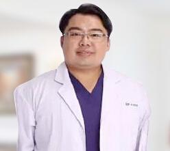 整形医生 刘凤岩
