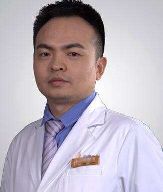 整形医生 朱冠峰
