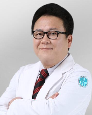 整形医生 金泰宪