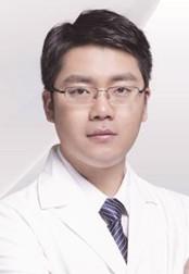 整形医生 李功哲