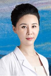 整形医生 张鑫萌