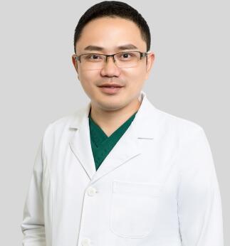 整形医生 罗辉
