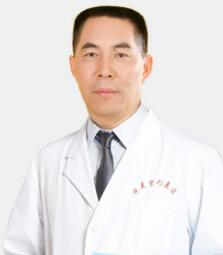 整形医生 李世荣